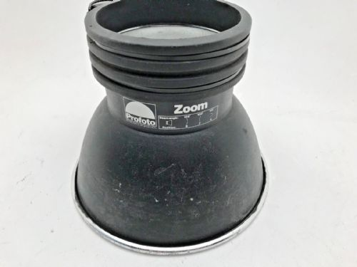Profoto Zoom 1 reflector in good condition with a couple